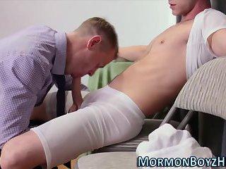 Mormon gets wet blowjob