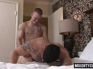 Hot gay anal sex and cumshot
